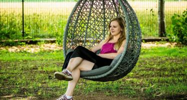 Vita in Swinging Chair